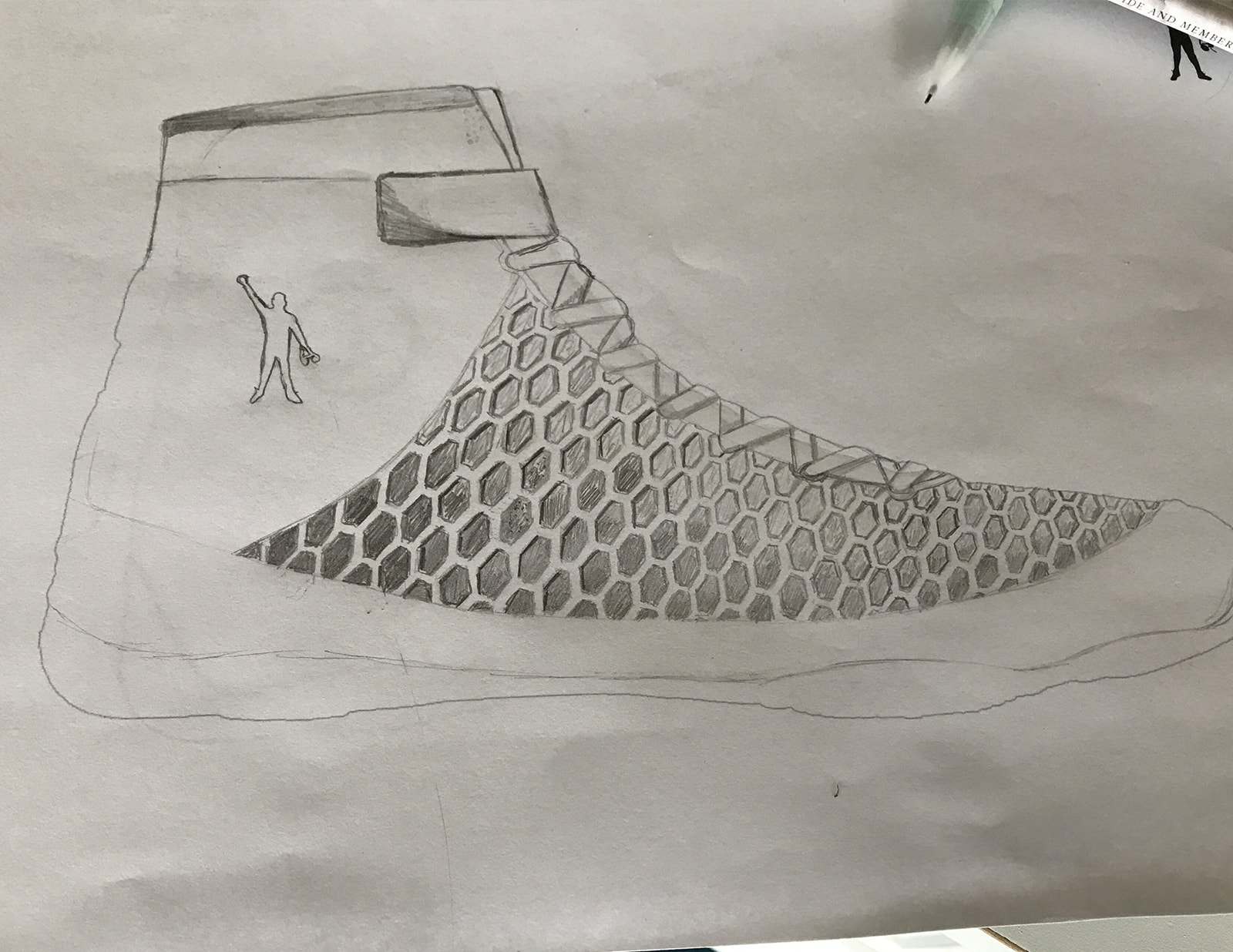 drawing-shoe-concept-min